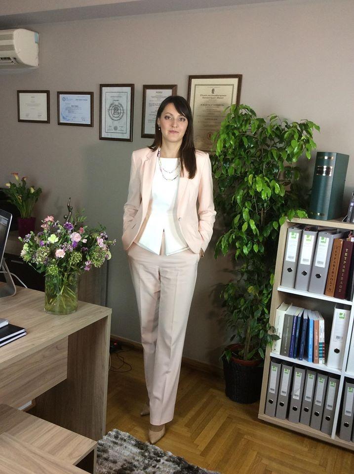 Адвокат Федишина Марина