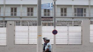 Заключенных иностранцев будут учить греческому языку