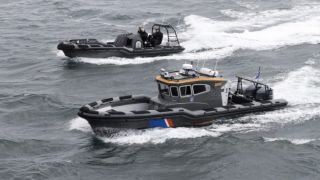 Ассоциация греческих судовладельцев подарила правительству 10 патрульных катеров Rafnar 1100