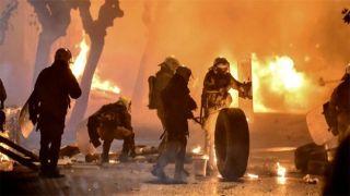 Коктейль Молотова vs слезоточивый газ: разборки у стен Политехнио